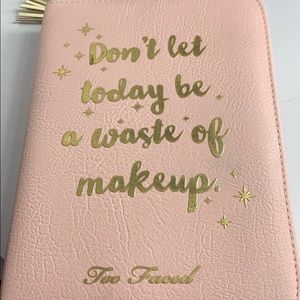 💋Limited edition too faced palette💋